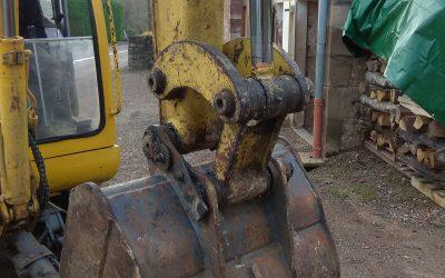 Bagues de guidage d'un vérin hydraulique d'une pelleteuse